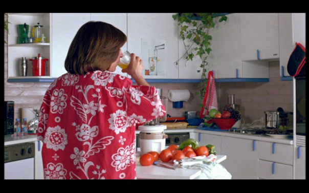 Carmen Maura as Pepa making her gazpacho in 'Women on the Verge'