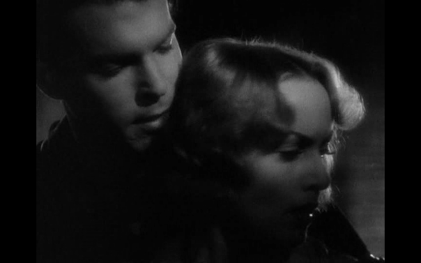 McMurray and Lombard are equally glamourised, though she clearly gives the filmmakers more raw material to work with